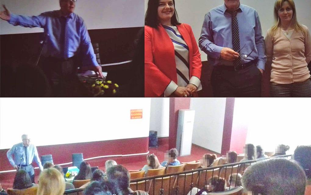 Με μεγάλη επιτυχία πραγματοποιήθηκε η ενημέρωση για το νέο εξεταστικό σύστημα, στο Κινηματοθέατρο «Άρτεμις» Μαρκοπούλου.