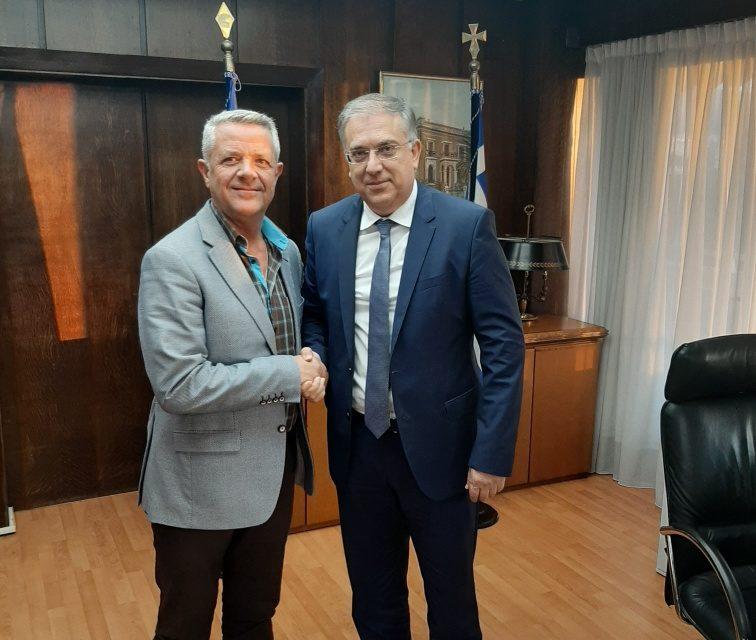 Συνάντηση εργασίας του Δημάρχου Μαρκοπούλου με τον Υπουργό Εσωτερικών.