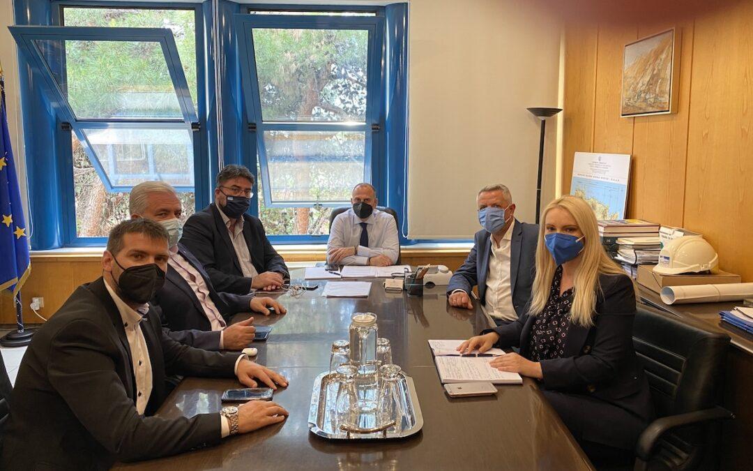 Ο Δήμαρχος Μαρκοπούλου στην ενημερωτική σύσκεψη για τη σιδηροδρομική σύνδεση Αθήνας – Λαυρίου